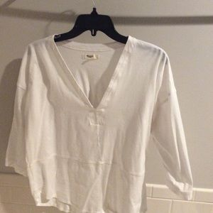White 3/4 sleeve white cotton v neck shirt